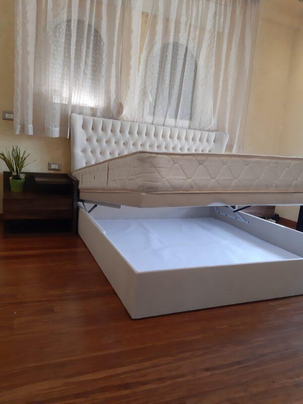 سرير ابيض بوحده ميكانزم هيدروليك